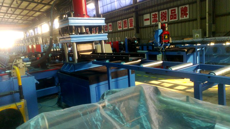 C U Omega Purlin Roll Forming Machine