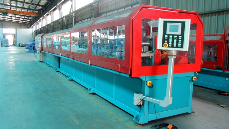 Cover shape roll forming machine