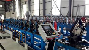 143*58- door frame forming machine