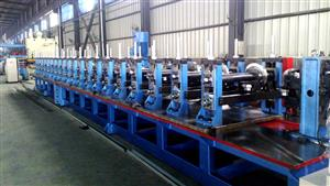 Box type steel roll forming machine